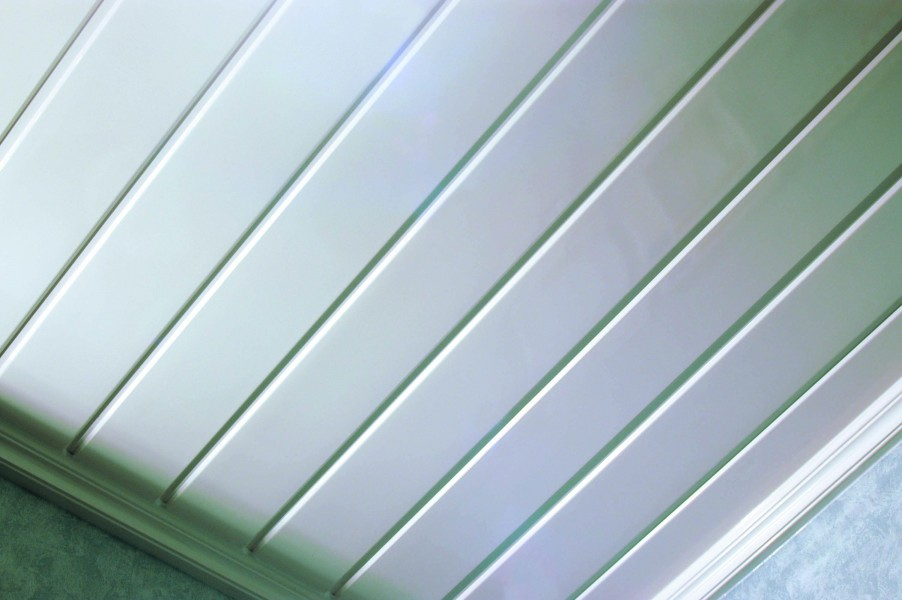 300mm Hollow Soffit White 6m